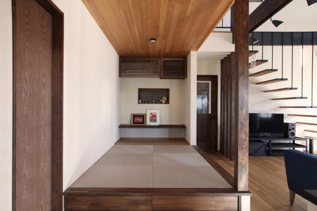 畳コーナー/小上がり/天井板張り/板張り