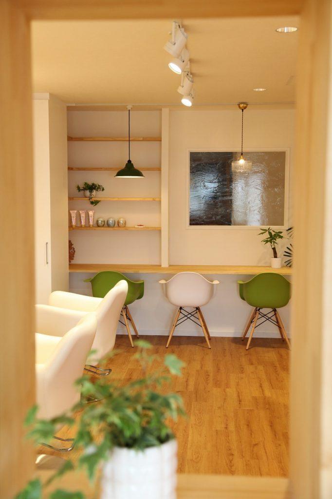 シンプルで飽きのこない永く愛せる美容室(大和)