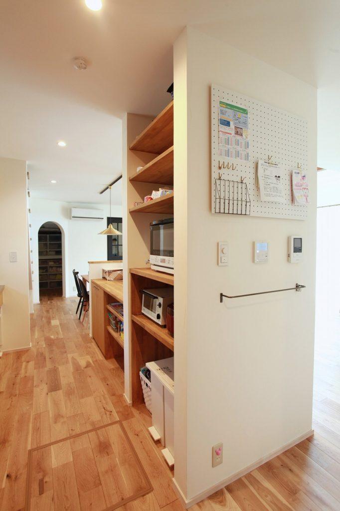 回遊動線キッチンと家電収納